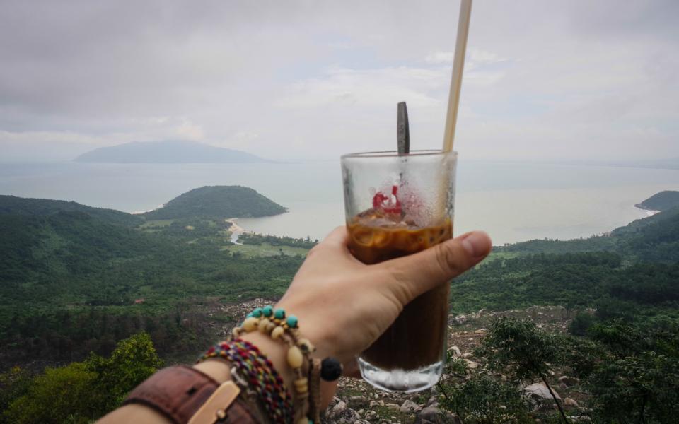 short break with cà phê sua đá – nothing could be any better!